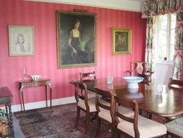 Knox Farmhouse Dinning Room